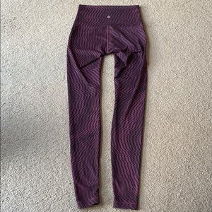 Lululemon Wunder Under Leggings sz 6 Hi Rise